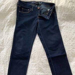 American eagle dark denim stretch jeans size 6